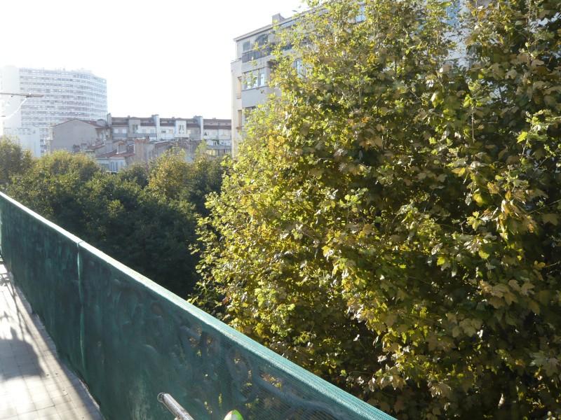 Locations appartement t2 f2 marseille 13007 quartier for Appartement design centre marseille vieux port