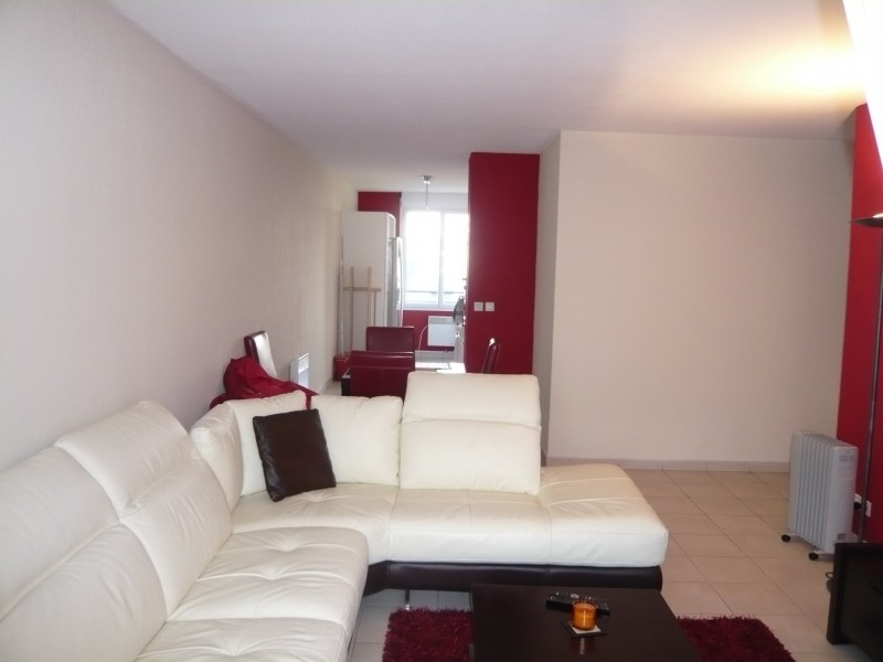 Locations appartement t4 f4 marseille 13010 capelette for Garage la capelette