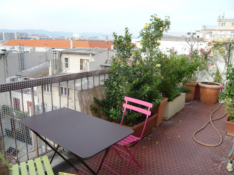 Locations appartement t1 f1 marseille 13006 cours for Location appartement marseille terrasse