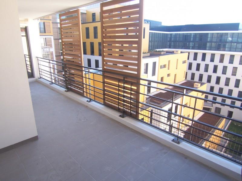 Locations appartement t1 f1 marseille 13002 quartier for Location appartement design marseille
