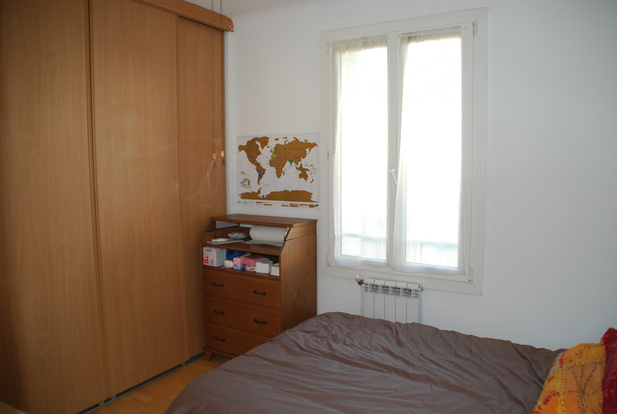 Locations appartement t2 f2 marseille 13007 rue du petit for Appartement meuble marseille