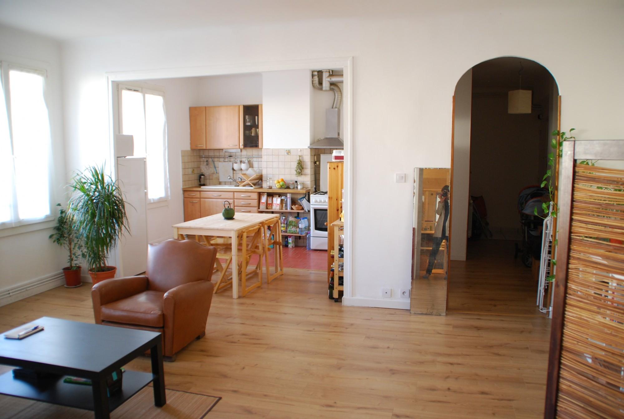 Location APPARTEMENT T2 - Marseille 13007, Rue Du Petit Chantier - Quartier  Saint Victor, Proximité Centre Ville Et Vieux Port - Meublé, Cuisine  équipée, ...