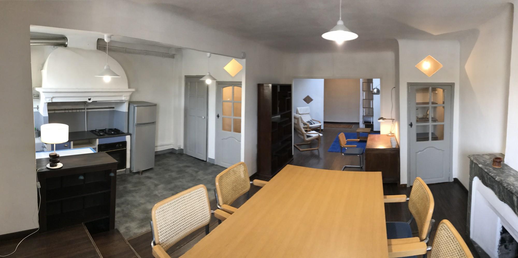 Location APPARTEMENT MEUBLÉ T1 - 13001 - Place aux huiles , vieux port - Loft, meublé, dernier étage, ascenseur,