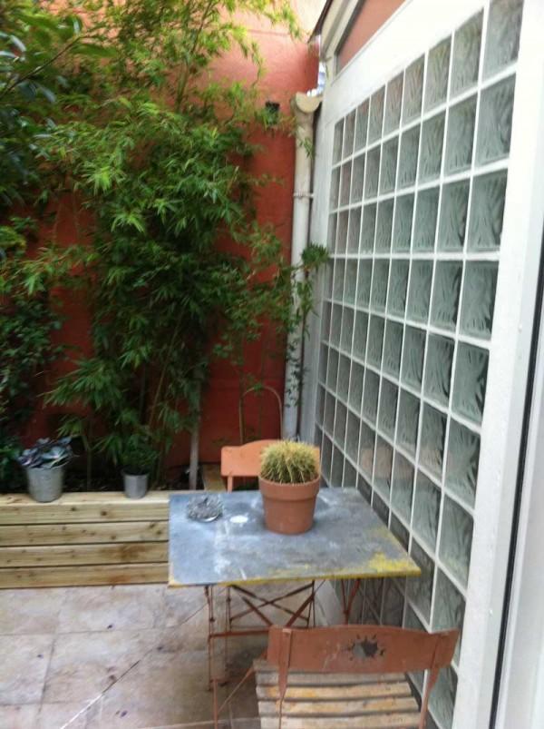 Vente Appartement T3 - MARSEILLE 13006  - HAUT BRETEUIL / VAUBAN - COUR de 20M2
