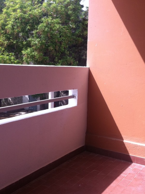 ventes appartement t1 f1 marseille 13008 quartier du rouet cuisine quip e balcon. Black Bedroom Furniture Sets. Home Design Ideas