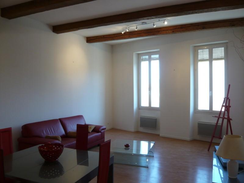 Vente Appartement T2 - MARSEILLE 13007 - QUARTIER ST VICTOR   - CUISINE ÉQUIPÉE, POUTRES APPARENTES, DOUBLE VITRAGE
