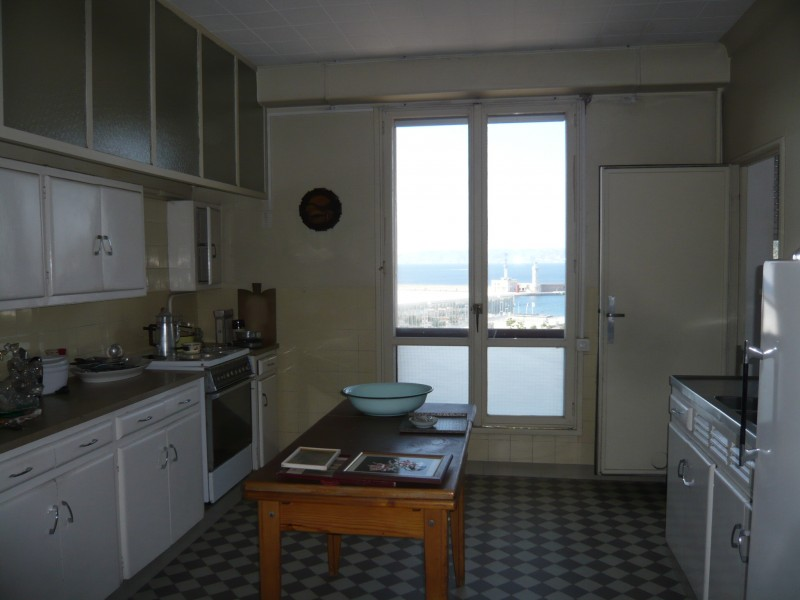 Ventes appartement t3 4 f3 4 marseille 13002 square for Acheter t2 marseille