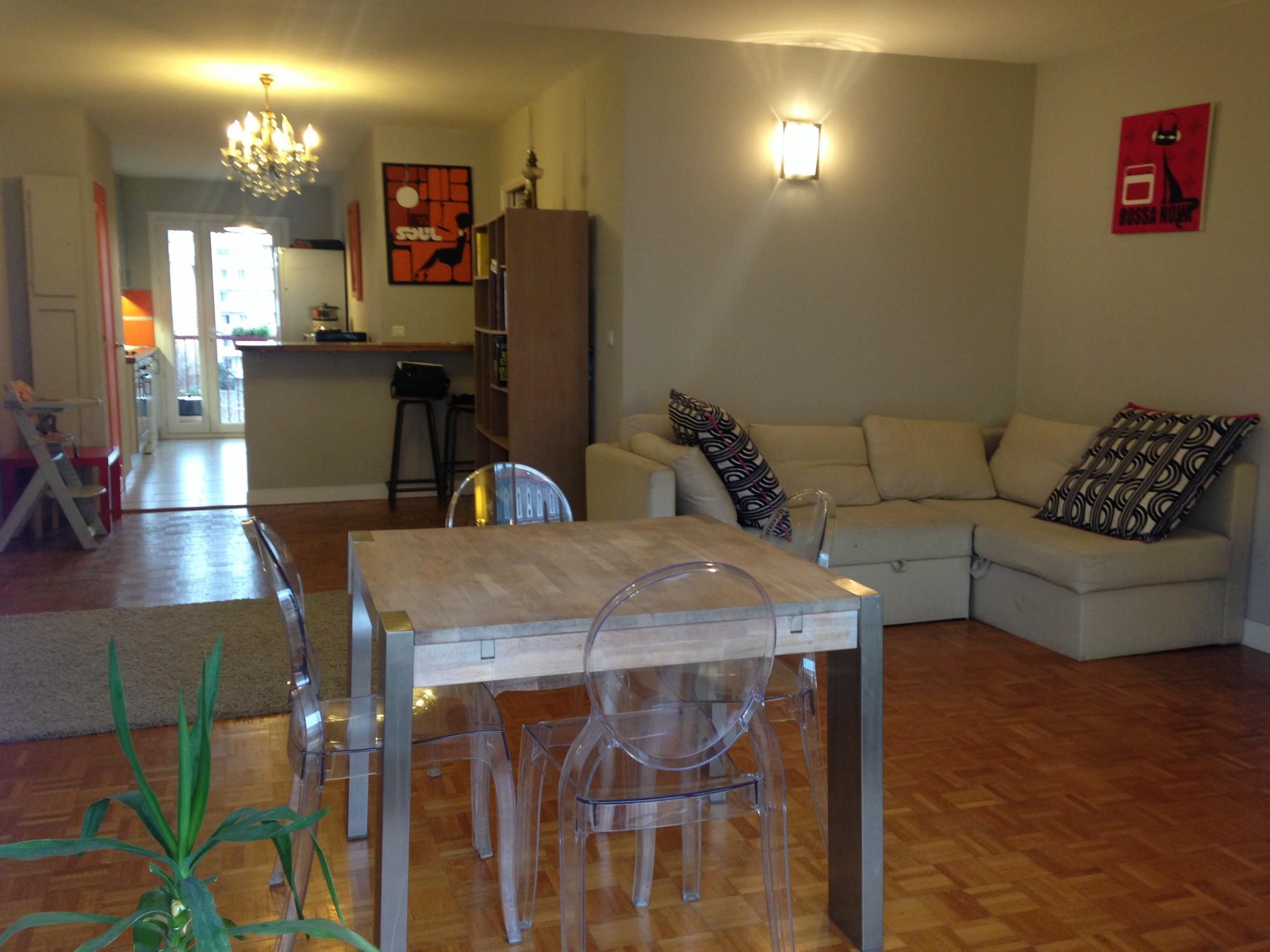 Vente Appartement T4 - Marseille 13007 - Quartier Saint Victor - Deux grands balcons, double vitrage, cuisine équipée ...