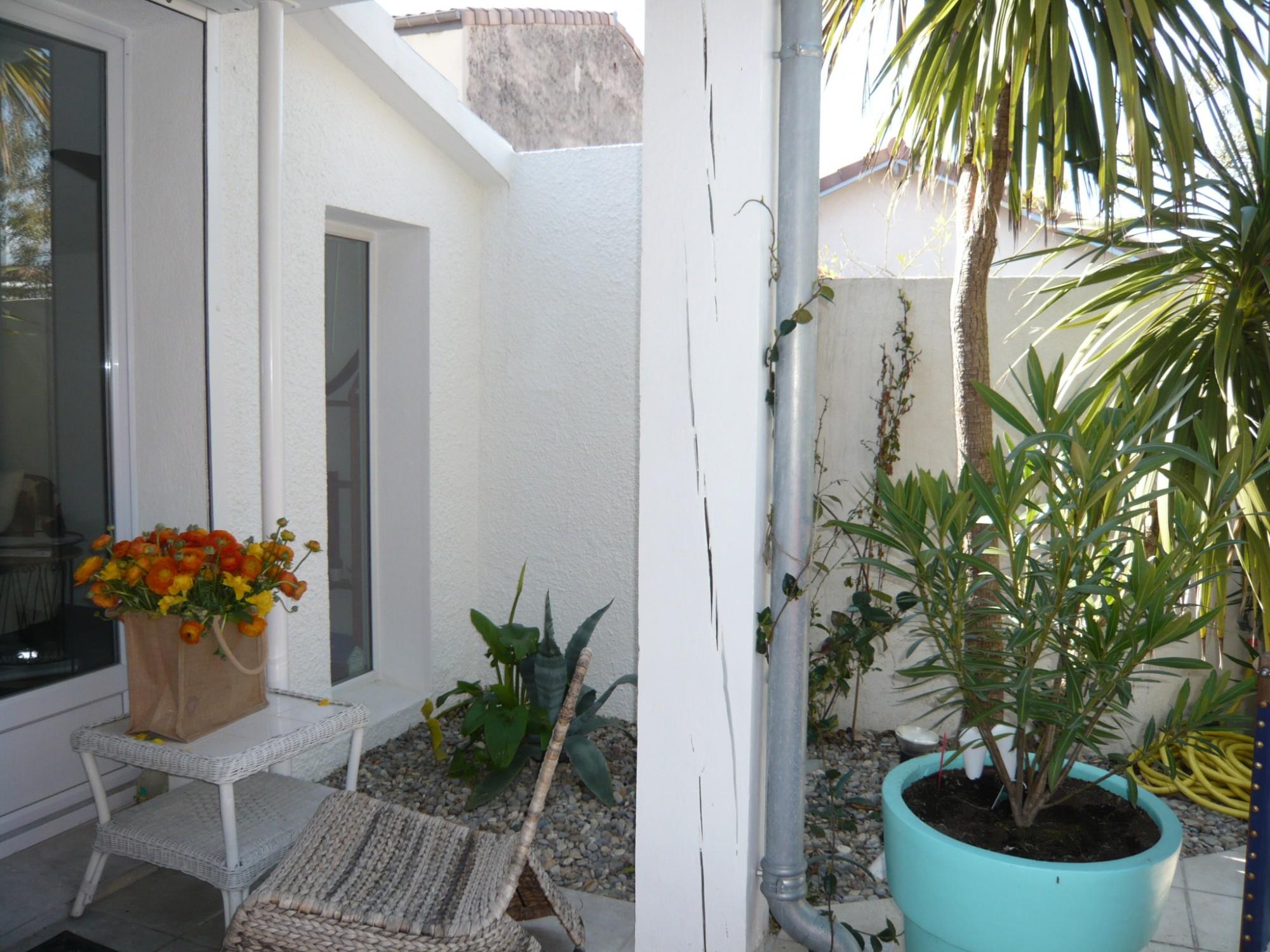 Vente MAISON T3 - 13008 - Vieille Chapelle - Maison de plein pied,terrasse, cuisine équipée, calme, très bien située