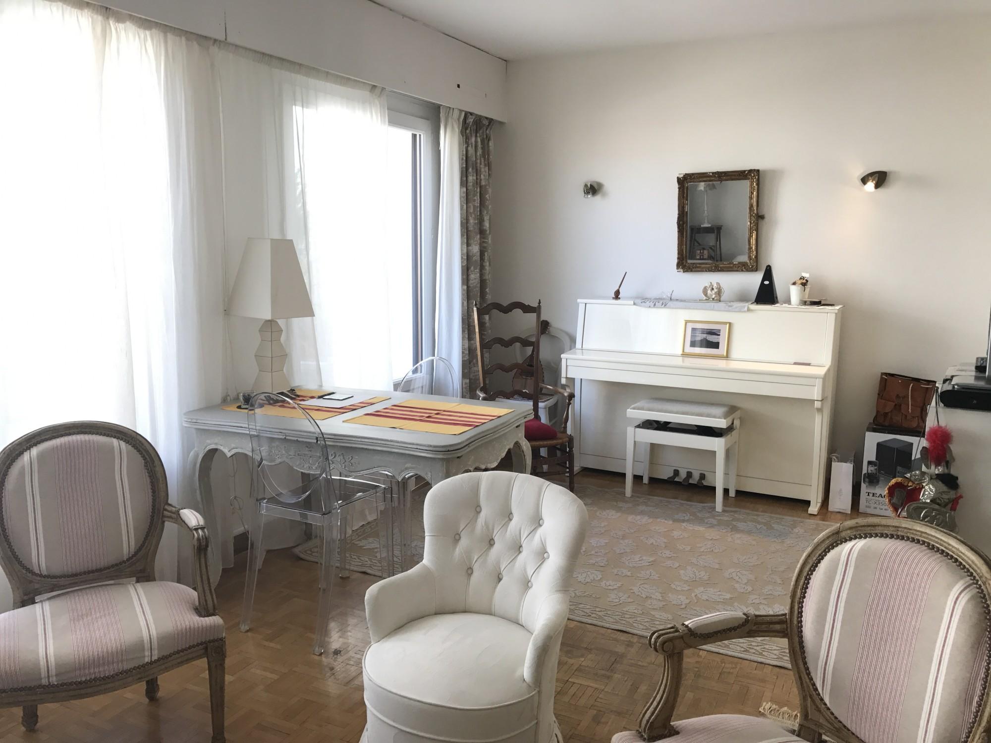 Vente Appartement T3 - 13007 - Quartier St Victor  - Dernier étage, terrasse, double vitrage, ascenseur, cuisine équipée