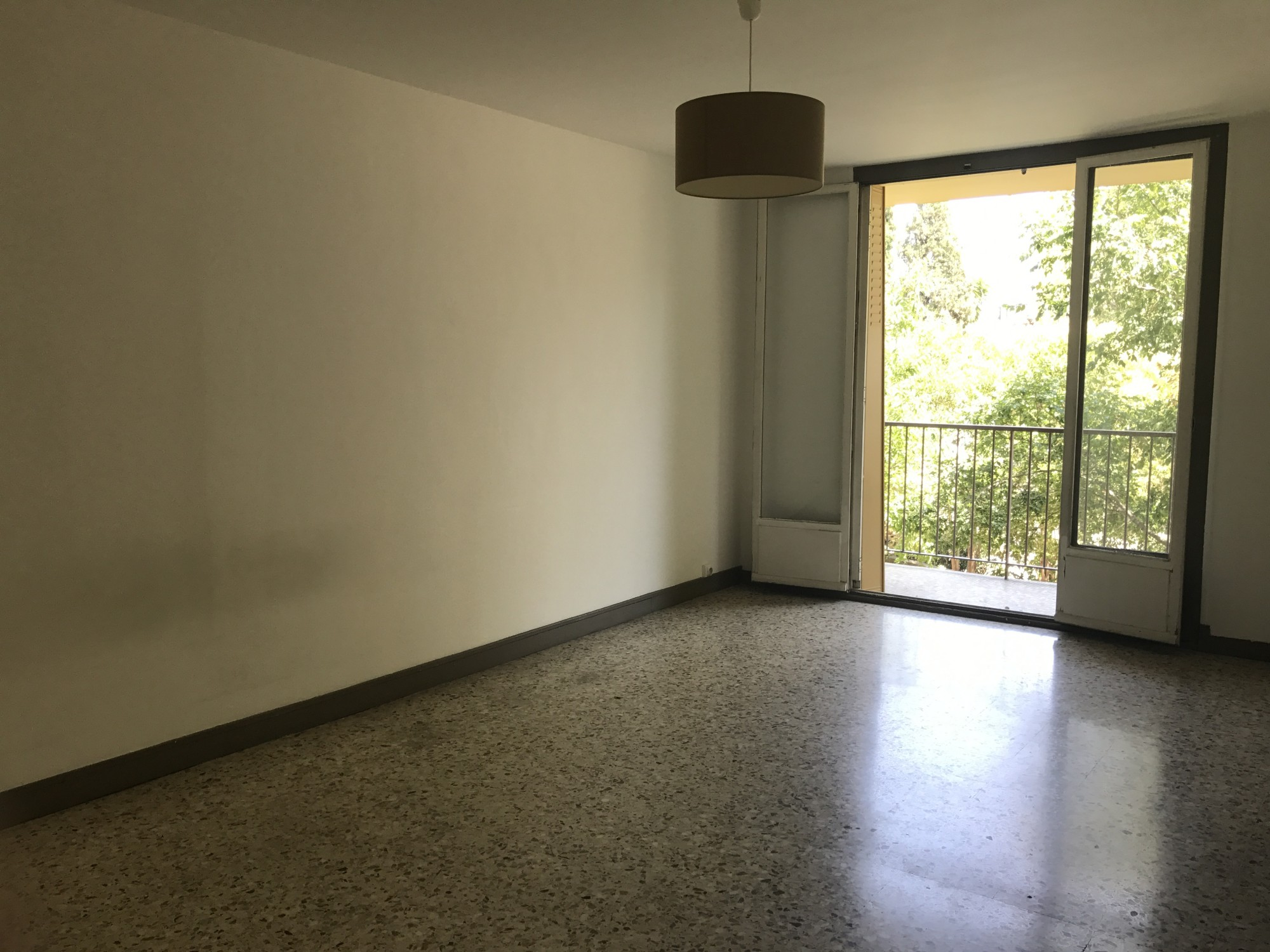 Vente Appartement T3 - 13010 - Saint Tronc - balcon, calme, cave ...