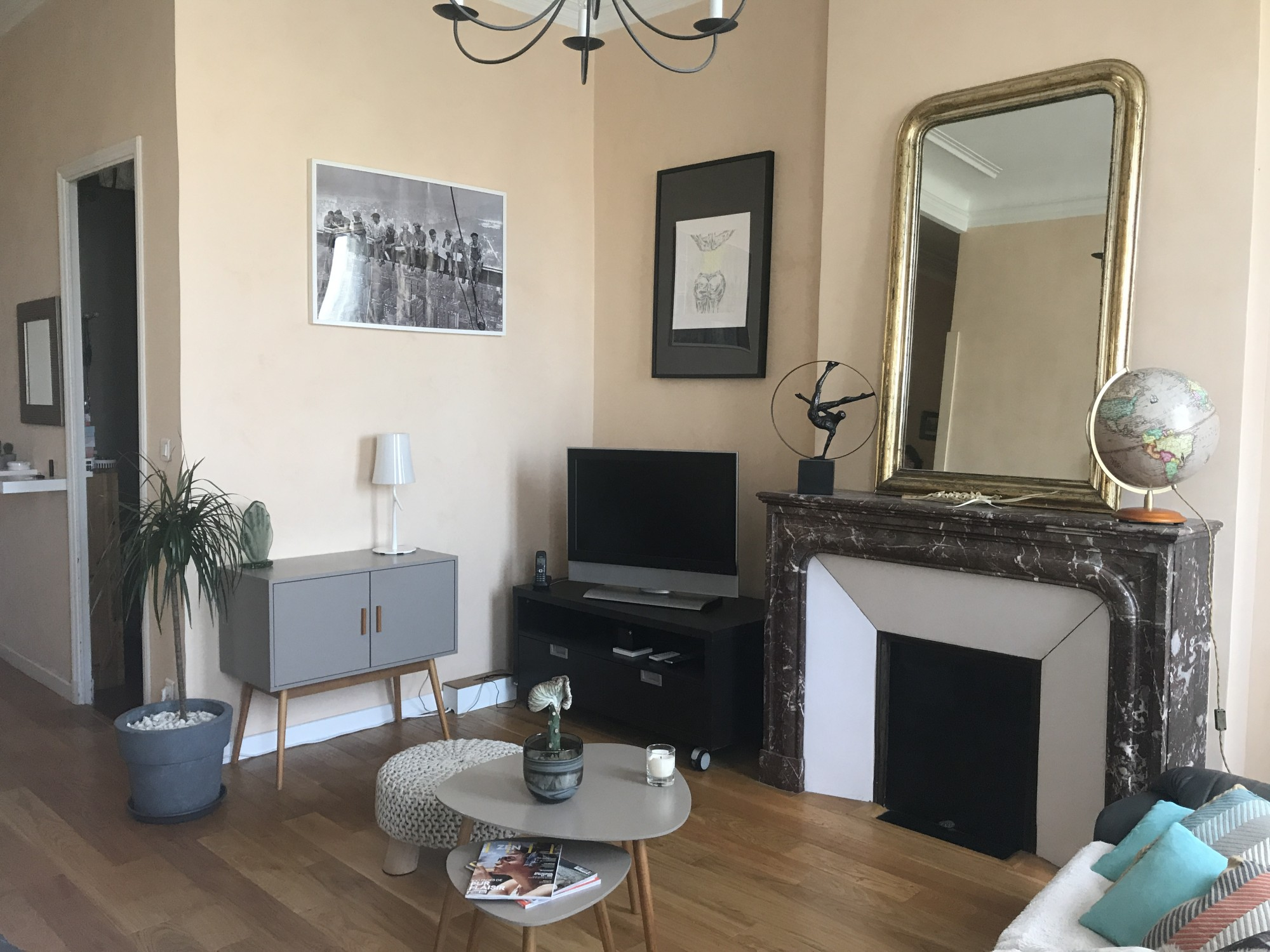 Vente Appartement T3 - 13006 - Baille / Castellane - Ancien, grand salon, parquet, cheminées, dressing, climatisation, double vitrage ...