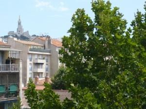 Location APPARTEMENT T2 - MARSEILLE 13007  - AVENUE DE LA CORSE - RÉNOVÉ, EXPOSÉ SUD