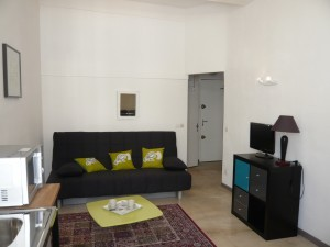 Locations appartement t1 f1 marseille 13007 rue de la for Location studio meuble marseille