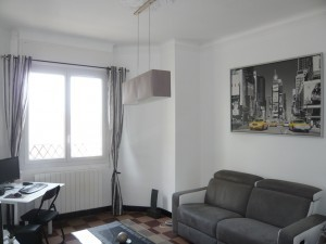 Location APPARTEMENT T2 - MARSEILLE 13007 - QUARTIER ST VICTOR, RUE ROBERT - CAVE, ACENSEUR, BON ETAT