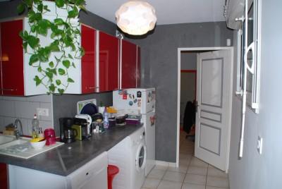 Location APPARTEMENT T2 - MARSEILLE 13 - Quartier Saint Mitre,  - Grand jardin, 2 garages en sous-sol ... libre le 17/02/2016