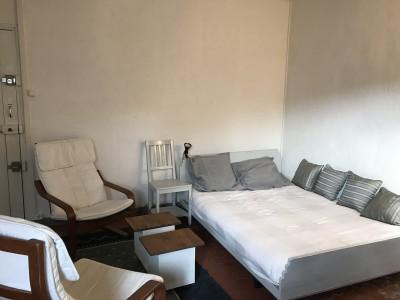 Location APPARTEMENT T1 - 13001 - Place aux huiles , vieux port - Studio meublé, cuisine équipée, dernier étage, ascenseur, climatisation ...