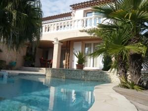 Vente Villa T6 - LA CIOTAT - QUARTIER SEVERIER - VUE MER ET PISCINE