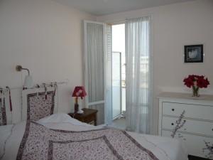 Vente Appartement T3/4 - MARSEILLE 13007 - QUARTIER ST VICTOR   - VUE VILLE ET MER, CUISINE ÉQUIPÉE,TERRASSE