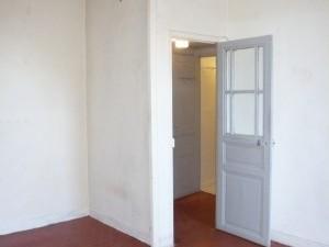 Vente Appartement T1 - MARSEILLE 13007 - QUARTIER ST VICTOR  / VIEUX PORT - A RENOVÉ, IMMEUBLE ANCIEN BIEN ENTRETENU, DOUBLE VITRAGE