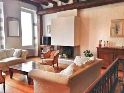 Vente Appartement T4/5 MARSEILLE 07 - Quartier Saint-Victor - Duplex, Cuisine équipée, cheminée, poutres, double vitrage, grand séjour ...