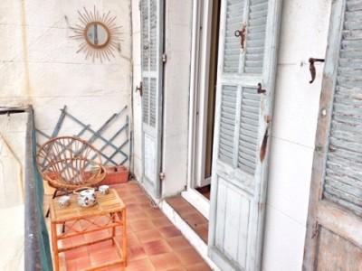 Vente Appartement T3 - 13007 - Quartier St Victor, rue des Tyrans - A rénover, balcon, cave, double vitrage ...