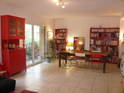 Vente Appartement T4 - 13007 - Avenue Pasteur proximité Catalans et Pharo - Traversant, cuisine équipée, buanderie ...